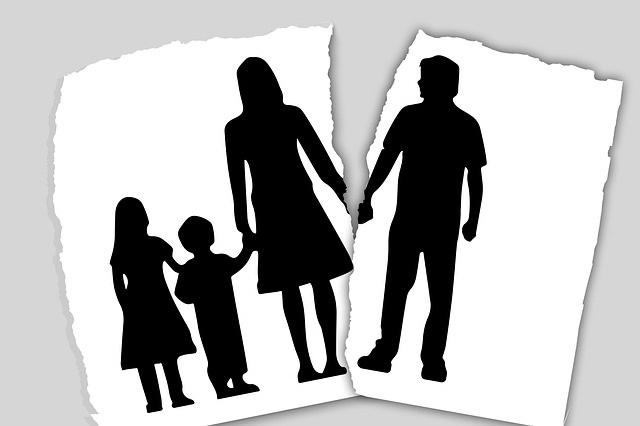 Impact van scheiding op kinderen verkleinen moeder met kind